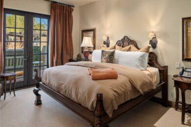 the Villas at Seven Canyons Master Bedroom