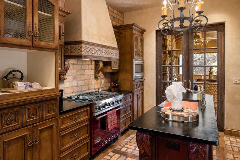 The Villas at Seven Canyons gourmet kitchen
